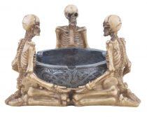 Three skeleton hamutál