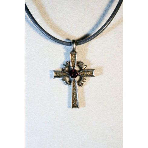 Katolikus kereszt nyaklánc